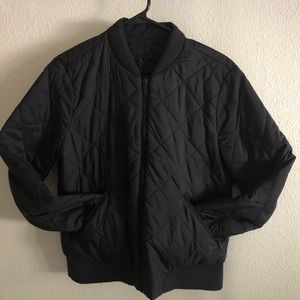 Lululemon Reversible black insulated jacket